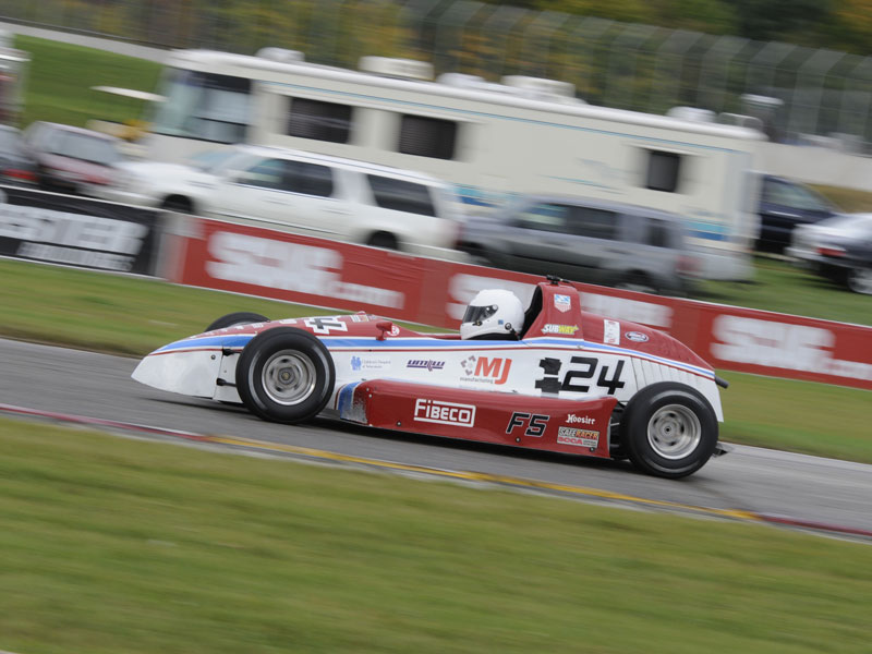 Mueller wins F500 National Championship at Road America