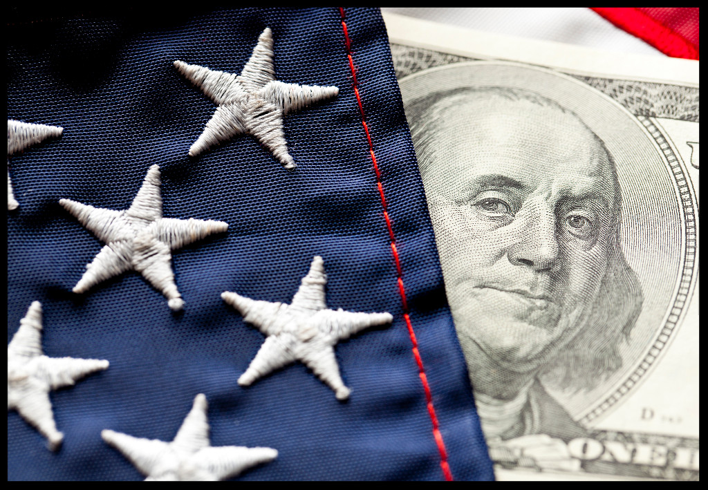 Capitol_Flag.jpg?r=1498665847279