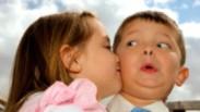 117_preschooler_stealing_kiss.jpg?r=1485797347819